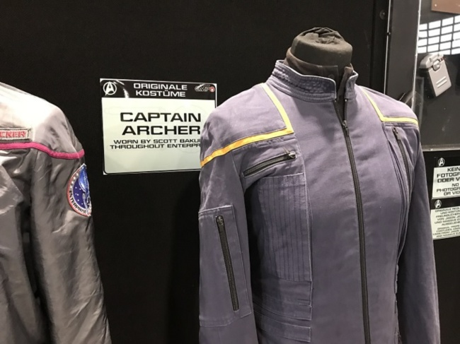 Costume original du capitaine Archer porté par Scott Bakula dans Star Trek Enterprise / Photo @KoyoliteTseila