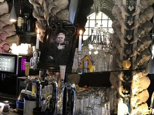 Bar Giger, hommage à l'artiste, photo @Koyolite Tseila