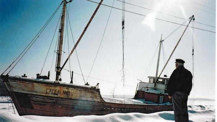 MP Emelie / Accalmie - Quand un bateau rejoint son capitaine...
