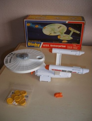 Star Trek - USS Enterprise Dinky Toys 1976