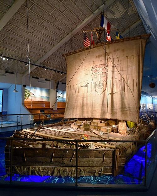 Le radeau Kon-Tiki au musée du Kon-Tiki à Oslo