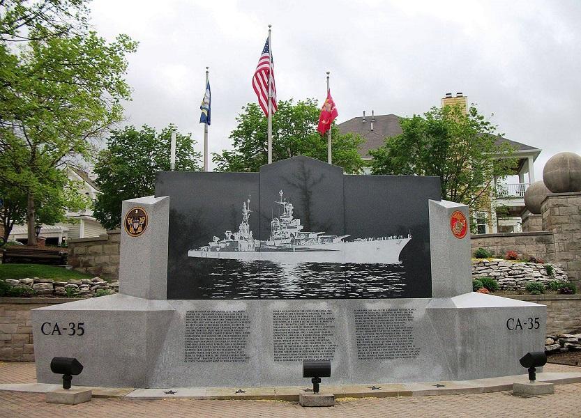 Mémorial de l'USS Indianapolis à Indianapolis