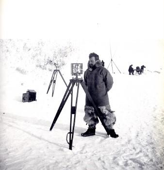 Le médecin de bord et photographe, Frederik Cook | Photo issue de Wikipédia